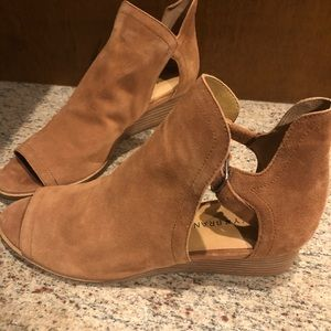 Lucky Brand open toe suede